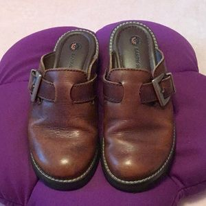 Clogs (SALE -2 $5 items for $7)